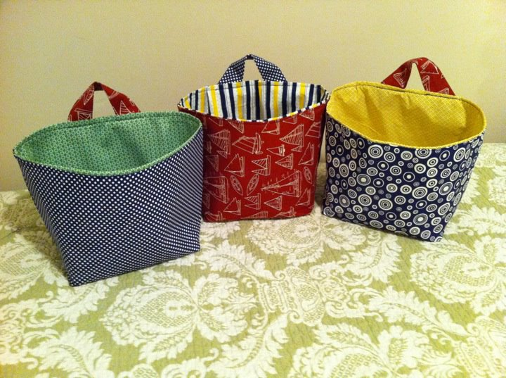 ... and made different loops) but for the tutorial check out this link //.u-createcrafts.com/2010/07/creative-guest-hanging-storage-baskets .html & rustic with love: Fun Fabric Storage Totes