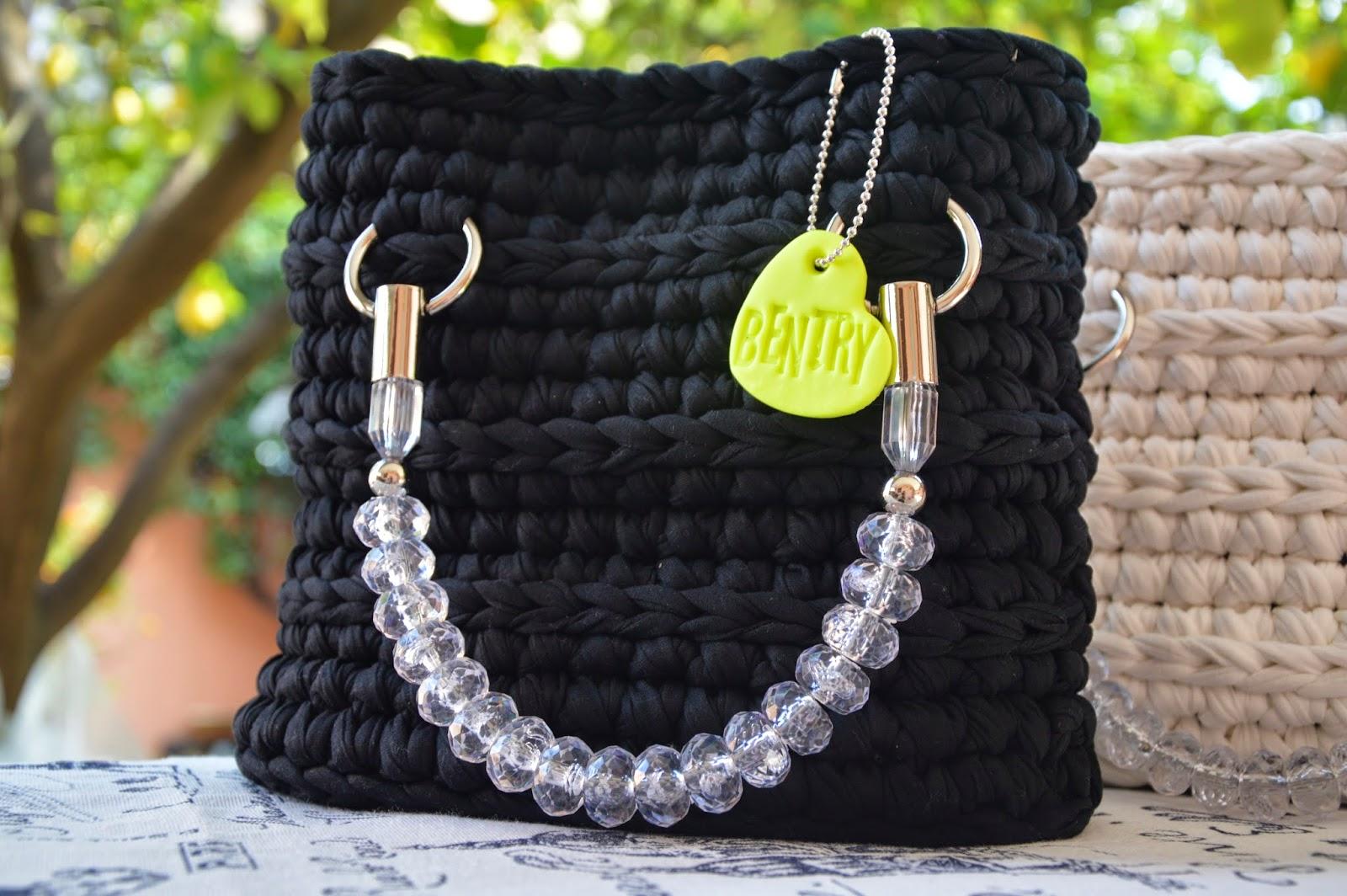 Borsa manico gioiello cotone felpato nero