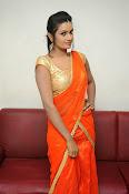 Srivani Reddy new sizzling pics-thumbnail-17