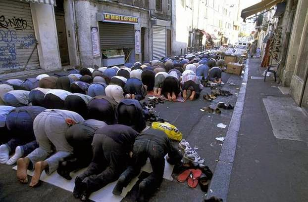 Muslims pray in the streets of Marseille