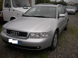 Audi A4 1.8 GPL AVANT full optional 100.000 km 3.000,00 euro