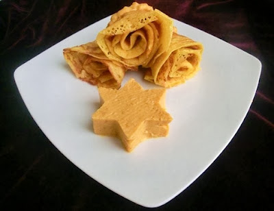 bliny (crepes) a base di zucca / blinis (crepes) made ​​with pumpkin
