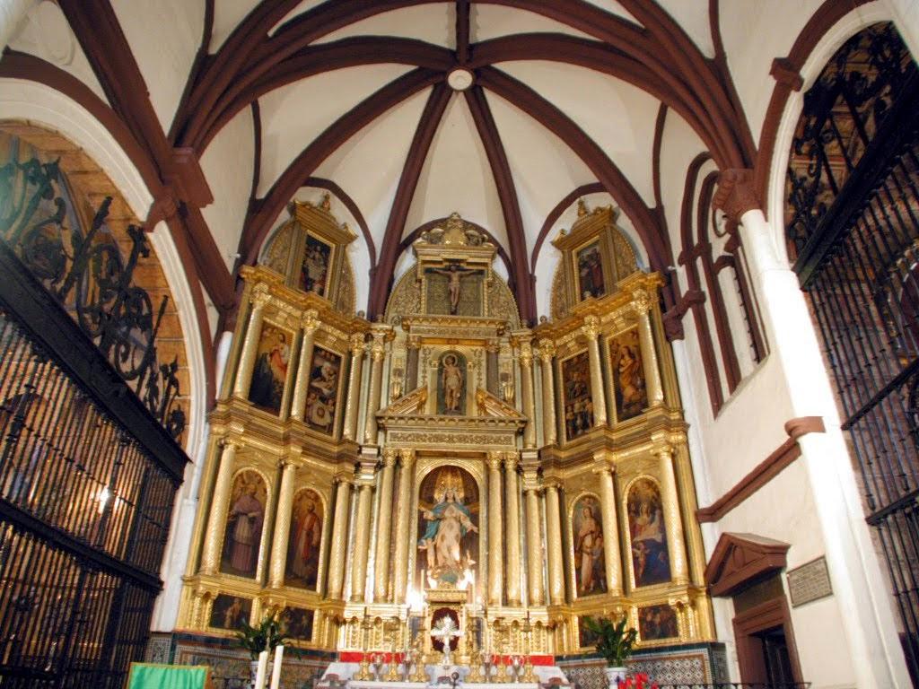 Altar mayor iglesia Santa María
