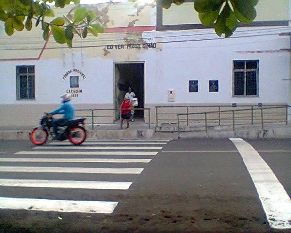 STRANS conclui revitalização de faixas de pedestre