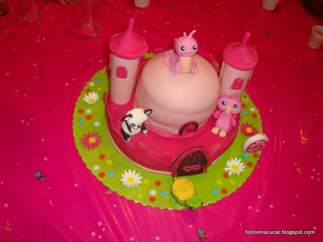 Carolina S Cake Design Store Frosinone : Bolo Littlest pet shop FEITO EM AcUCAR - Cake Design