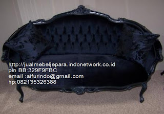 sofa klasik cat duco hitam,sofa klasik jepara Mebel furniture klasik jepara jual set sofa tamu ukir sofa tamu jati sofa tamu antik sofa jepara sofa tamu duco jepara furniture jati klasik jepara SFTM-33089