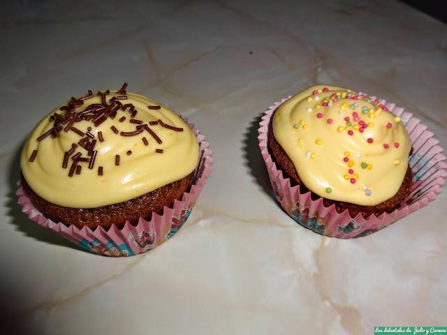 http://losdelantalesdejulioycarmen.blogspot.com.es/2014/06/guinness-cupcakes-con-buttercream-de.html