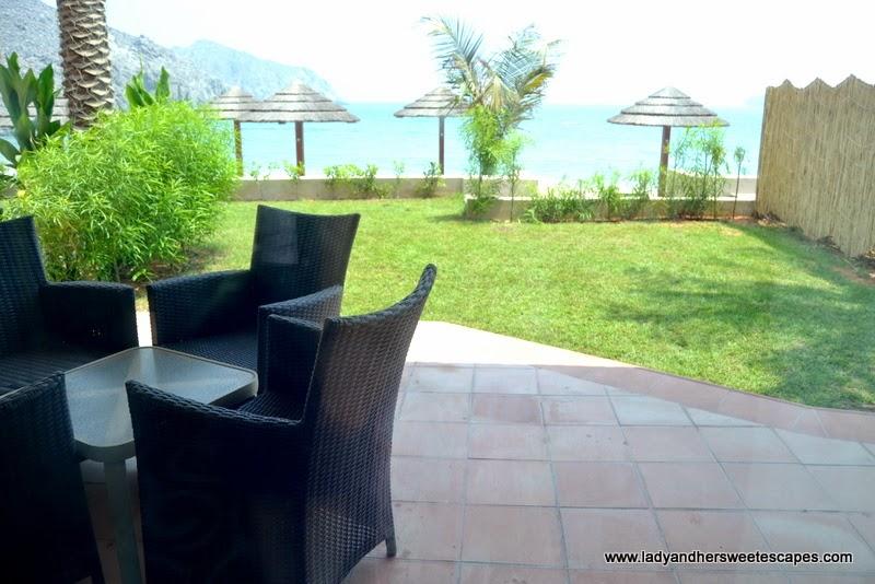 Oceanic Hotel's villa with a mini garden