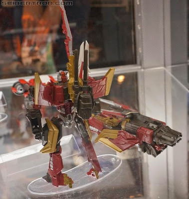 Air Raid Generations Fall of Cybertron deluxe