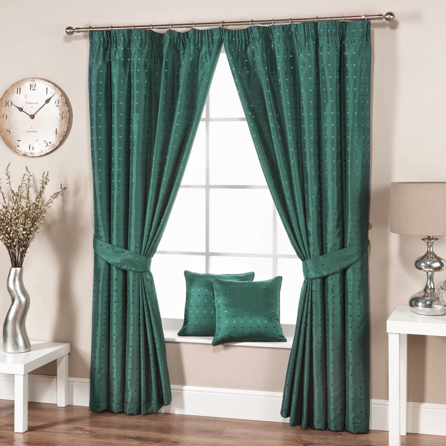 Green living room curtains for modern interior for Curtains in living room