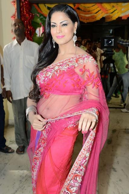Veena Malik Juicy Navel Pics