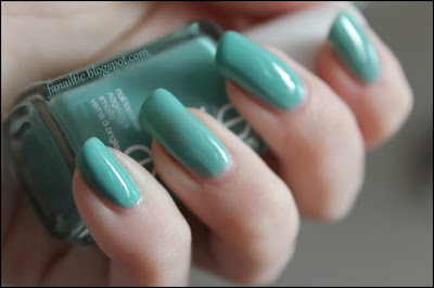 essie turquoise & caicos