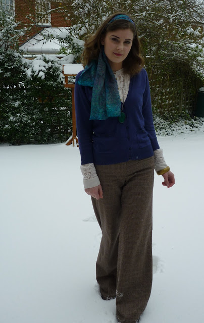 winter vintage outfit via lovebirds vintage