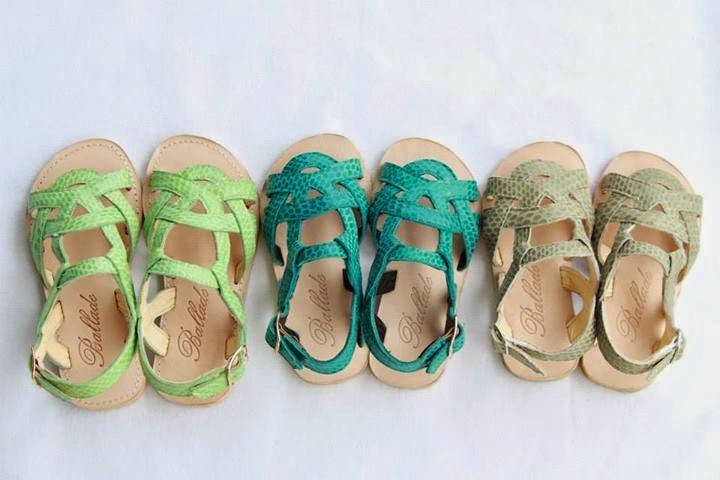 wedding spirit blog mariage chaussure cortege enfants d'honneur ballade sandale de cuir été couleur blanc orange rose bleu turquoise marine camel or argent