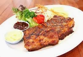 สเต็กหมู พริกไทยดำที่อร่อยเมนูเด่นที่นี่