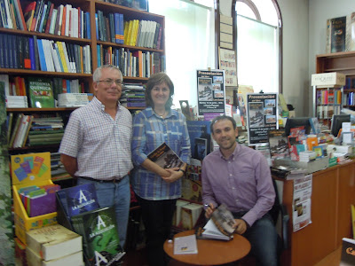Firma de libros en la Librera Perruca