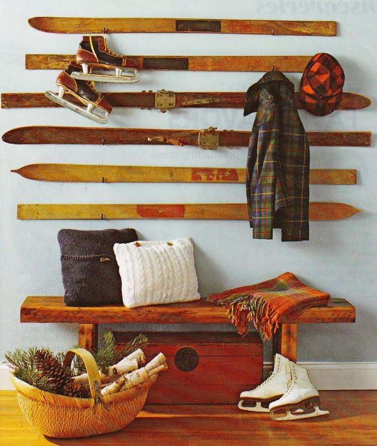 Narciarskie inspiracje DIY - niesamowite użycie nart! wieszak z nart