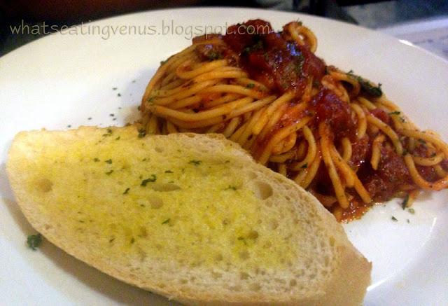 how to make jollibee spaghetti, jollibee spaghetti recipe
