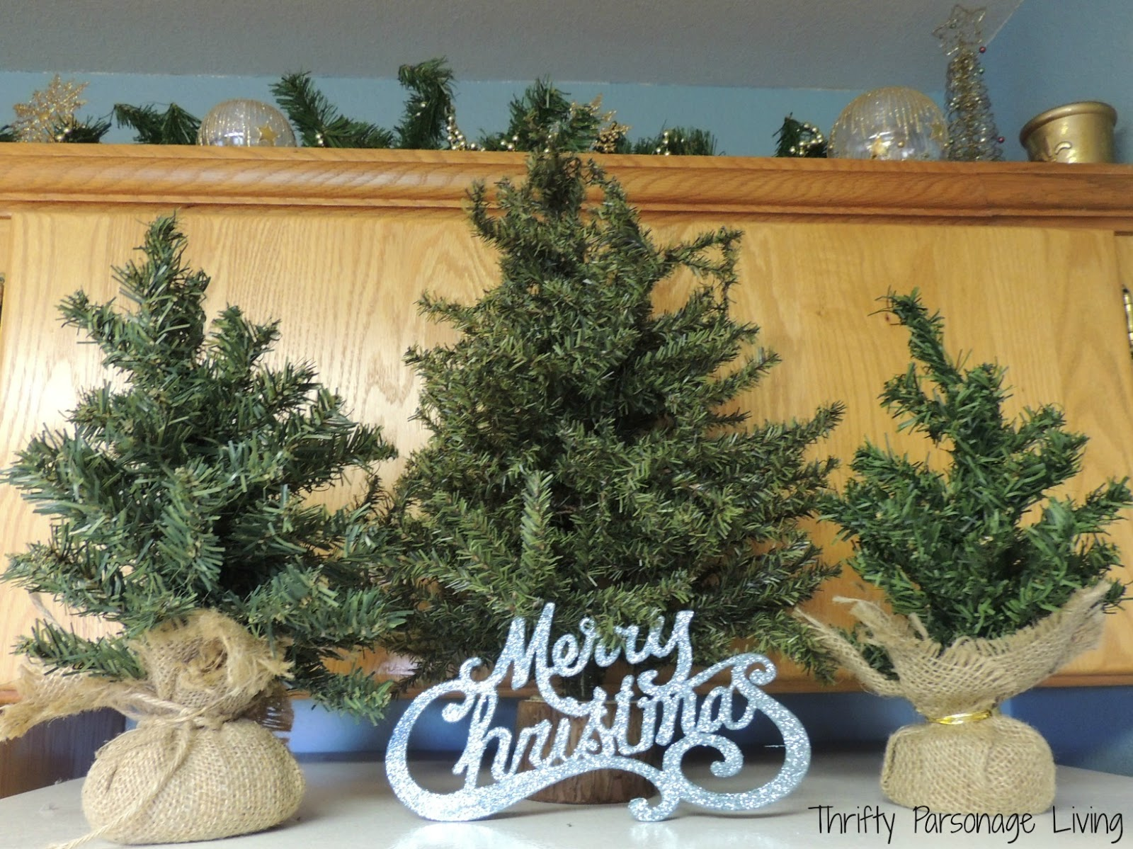 Thrifty Parsonage Living: HOLIDAY HOME TOUR