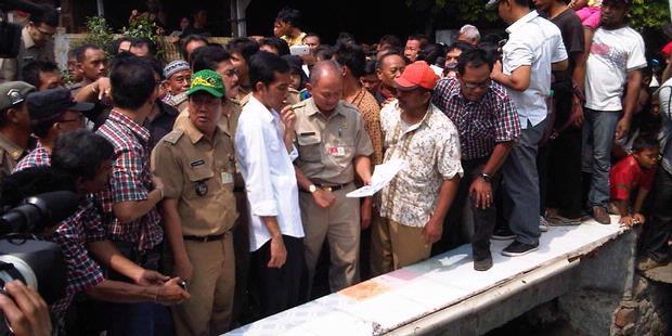 Jokowi Akan Paksa Terus Pejabat Turun Lapangan [ www.BlogApaAja.com ]