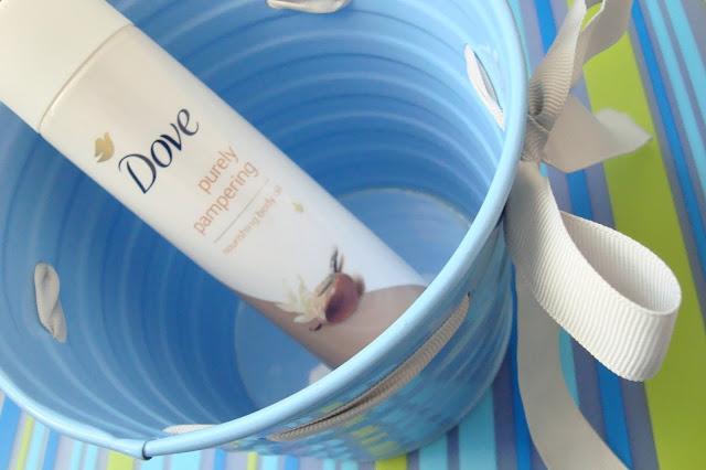 Dove Purely Pampering Suchy olejek do ciała Masło shea i wanilia