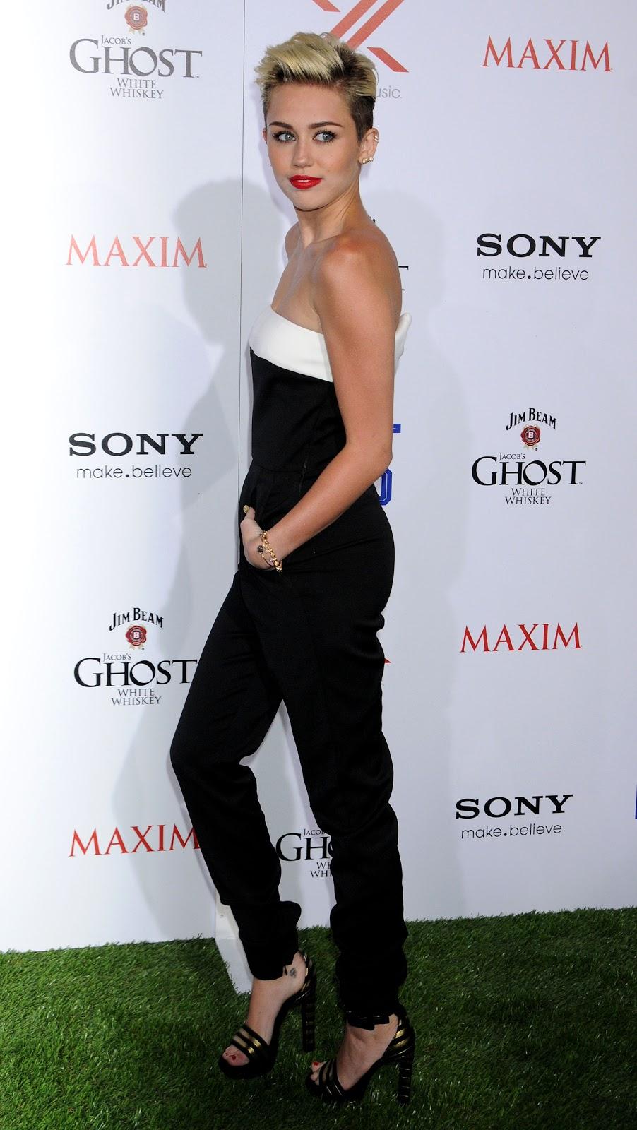 Miley Cyrus Feet - celebrity-feet.com