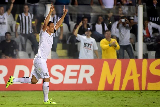 Ricardo Oliveira marcou o 3º gol santista no clássico (foto: Sergio Barzaghi/Gazeta Press)