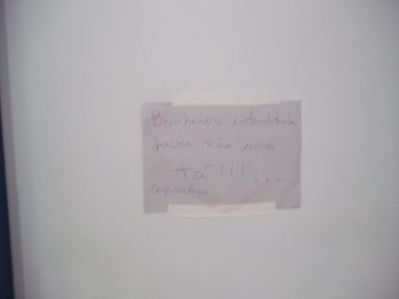 GALERIA DE FOTOS DO PESQUEIRA EM FOCO: FOTOS TIRADAS NO INTERIOR DO  #1F2231 1280x960 Atenção Banheiro Interditado