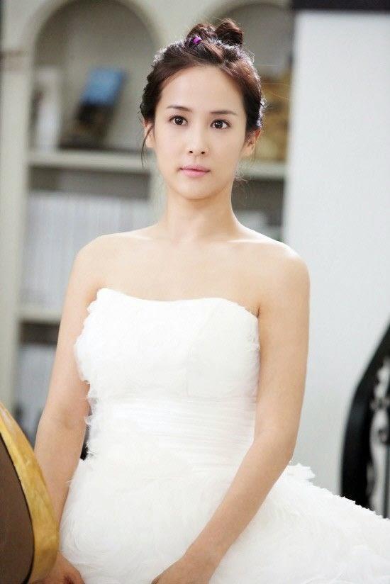 Cho Yeo Jeong sebagai Ko Cheok Hee
