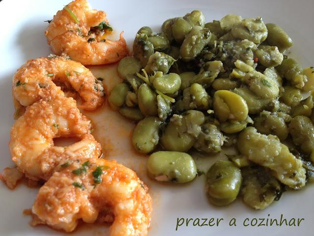 prazer a cozinhar - favinhas de coentrada com camarões