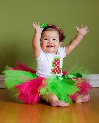 Chloe Bleu: 1st Birthday Photo Ideas