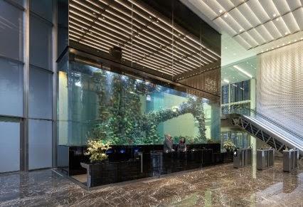 Barnflakes heron tower fish tank for Tower fish tank