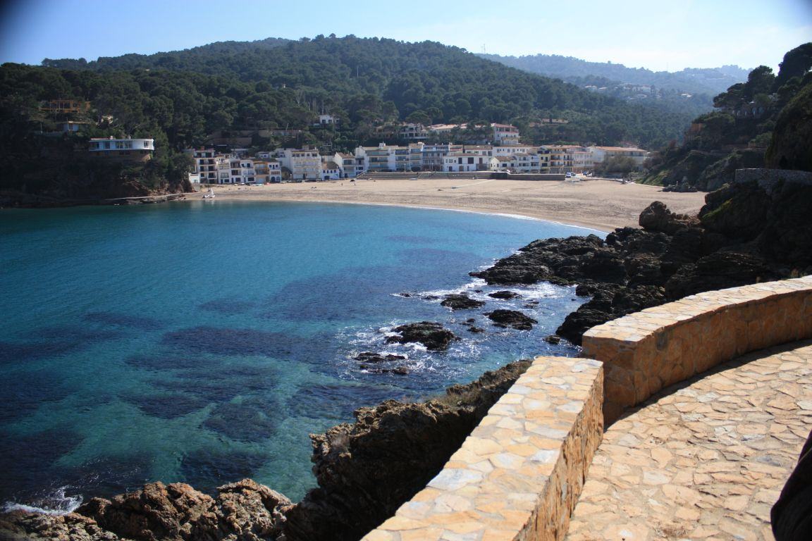Catalonia costa brava beaches and villages beautiful - Fotos de calella de palafrugell ...