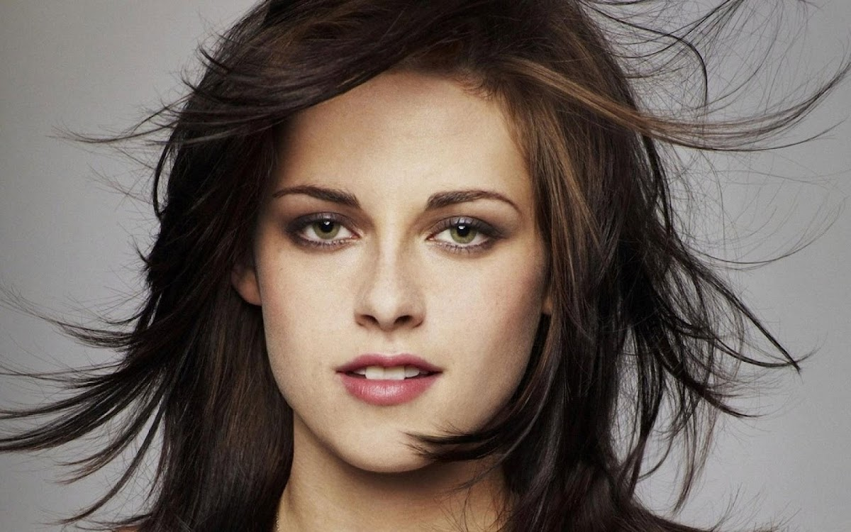 Kristen Stewart Widescreen HD Wallpaper 11