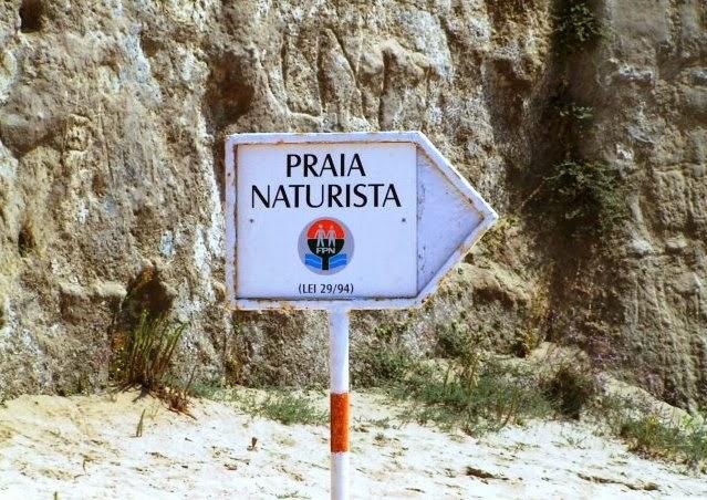 http://www.panoramio.com/photo/104135272