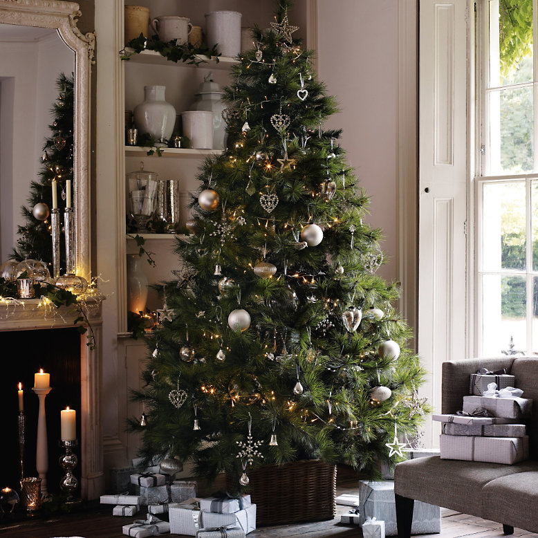 country style chic christmas decor. Black Bedroom Furniture Sets. Home Design Ideas