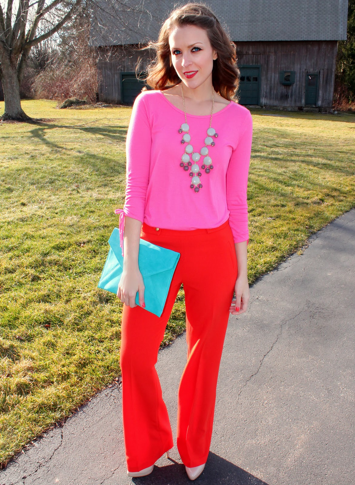 How to bright wear red pants