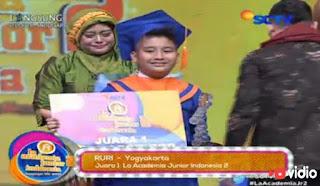 Pemenang Juara 1 La Academia Junior 2 Grand Final 2015