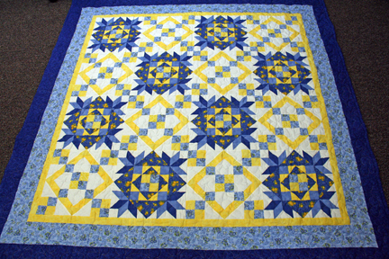 the Tuesday Quilt Club : blue and yellow quilt - Adamdwight.com