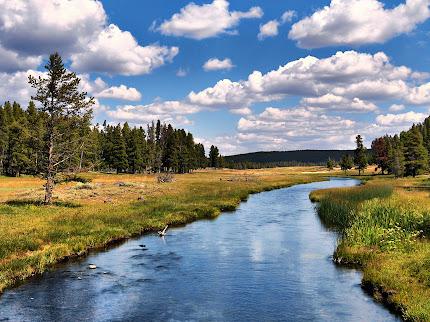 gambar-gambar sungai terindah