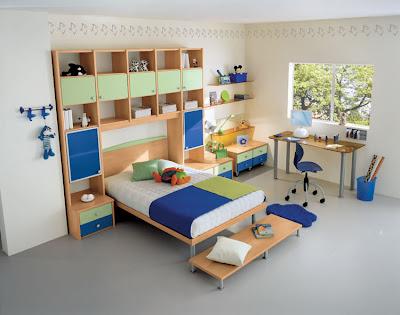 Built-in bridge bedrooms for children and teens