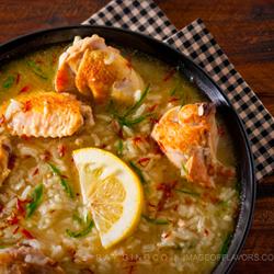 what is chicken arroz caldo