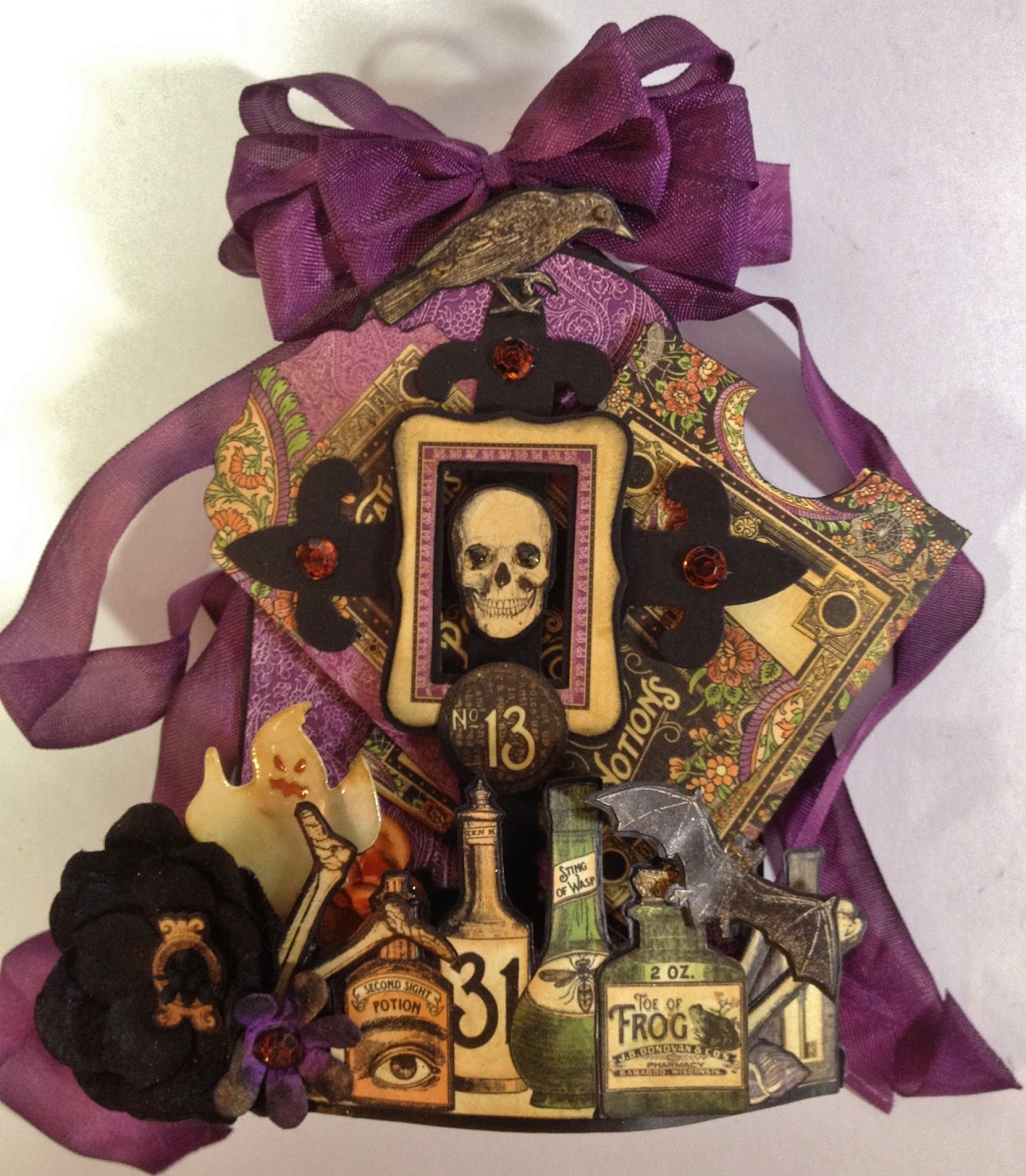 Vintage halloween paper decorations - Cross Die From Th And Flowers From Woc And Petaloo