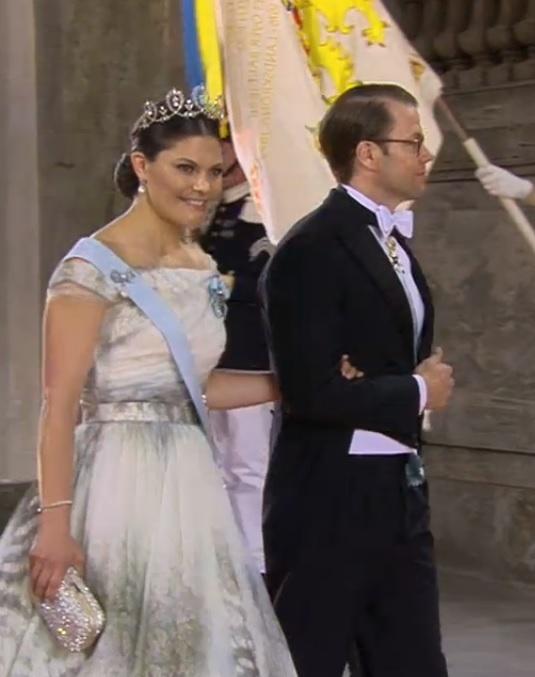 Queens of England: The Royal Wardrobe: the Royal Wedding 2015