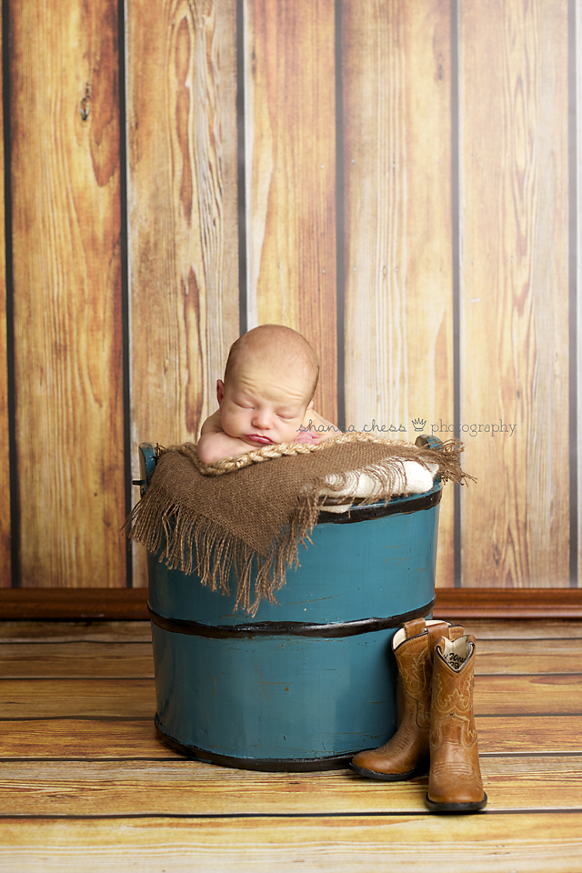 eugene or newborn photography cowboy boots