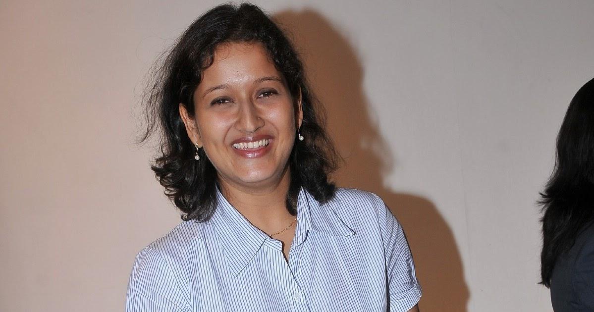 Laila Tamil Actress Marriage Photos