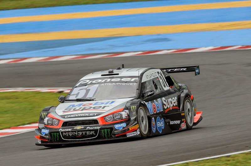 Nelsinho Piquet foi o mais rápido do segundo treino livre em Goiânia