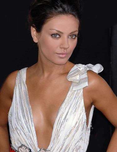 mila kunis oscar dress