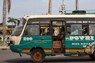 Bus in sumatra