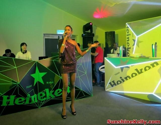CIMB Classic 2013, Heineken Green Experience, heneiken, beer, golf, girl, Kuala Lumpur Golf & Country Club, klgcc, singer poova